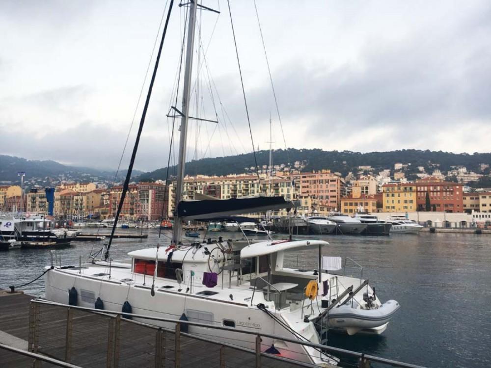 Rental Catamaran in Barcelona - Lagoon Lagoon 400
