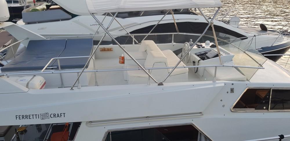 Rent a Ferretti Altura 52 S Marseille