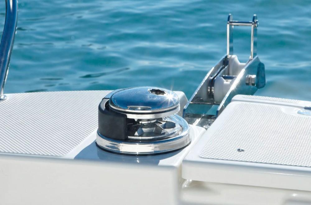 Boat rental Quicksilver Captur 605 Pilothouse in Trogir on Samboat
