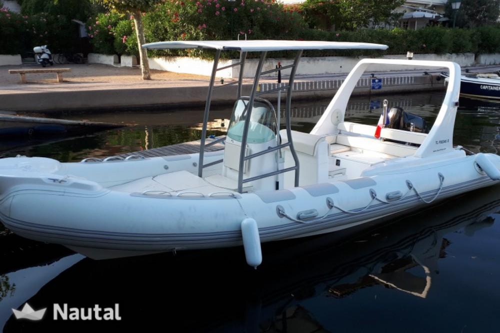 Boat rental EOS 680 in Port Grimaud on Samboat