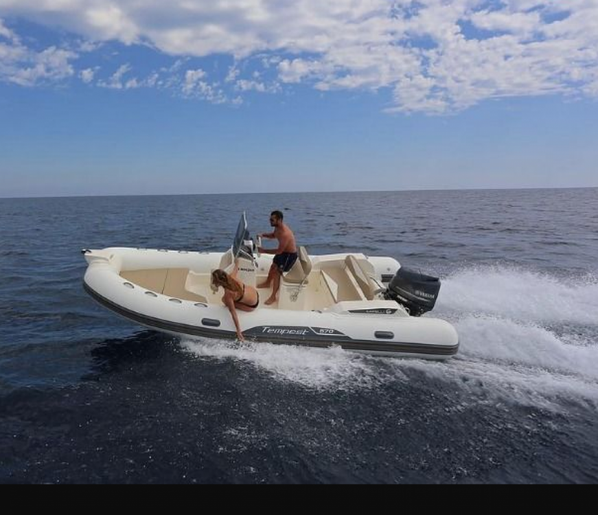 Boat rental Roses cheap Tempest 570