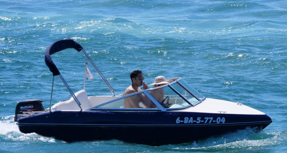 Hire Motor boat with or without skipper Astromar  Roses