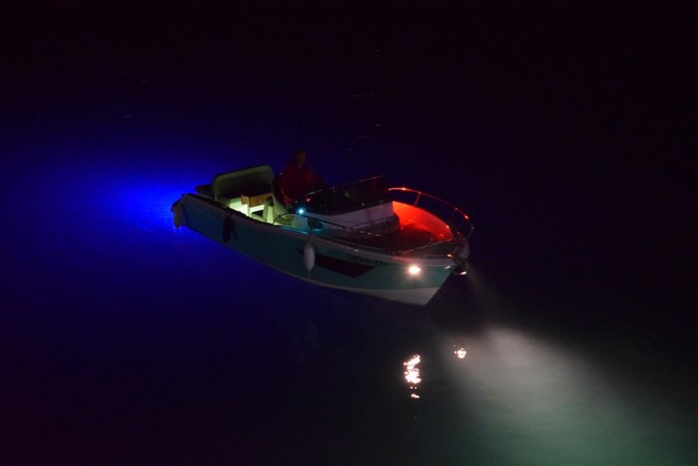 Boat rental FOCUS Focus 23 in Sukošan on Samboat