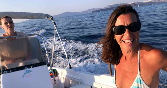 Hire Motorboat with or without skipper Volos Marine Santorini