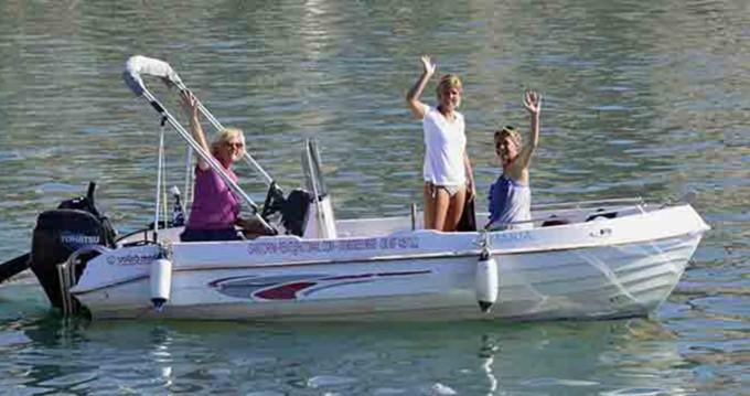 Rent a Volos Marine Jason 4460 Santorini