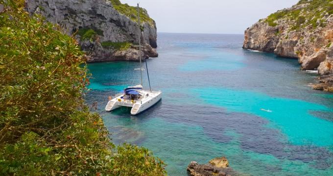 Rental yacht Vilanova i la Geltrú - Fountaine Pajot Belize 43 on SamBoat