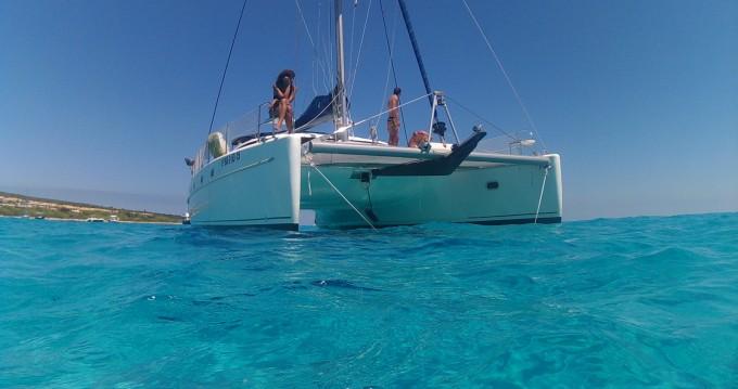 Rental Catamaran in Vilanova i la Geltrú - Fountaine Pajot Belize 43