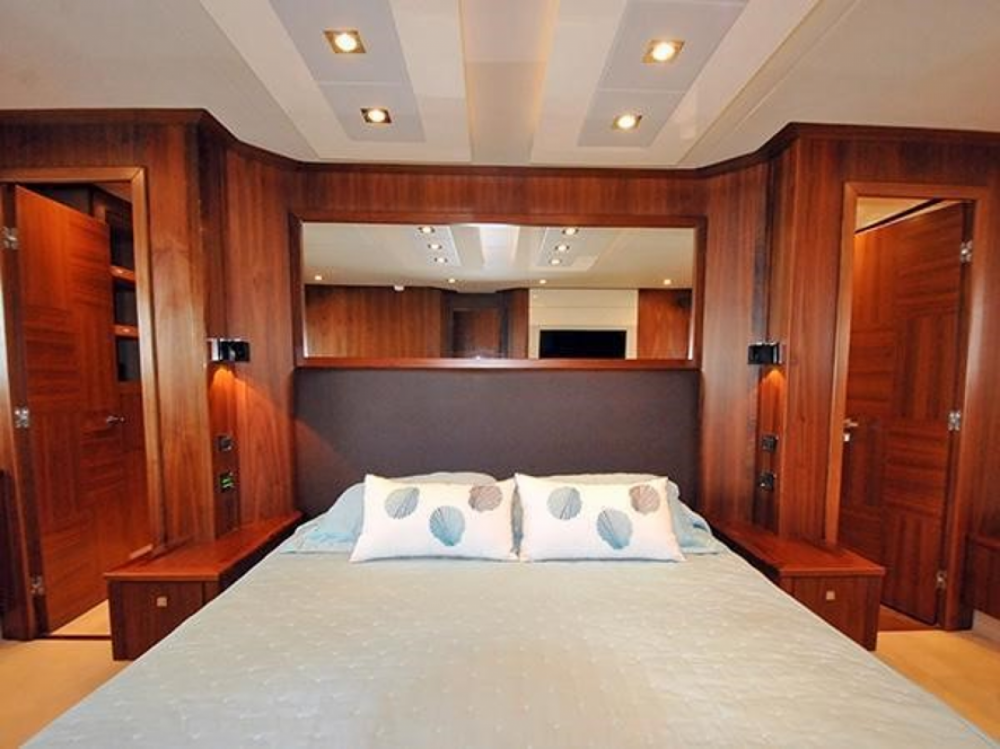 Hire Yacht with or without skipper Sunseeker Sant Antoni de Portmany