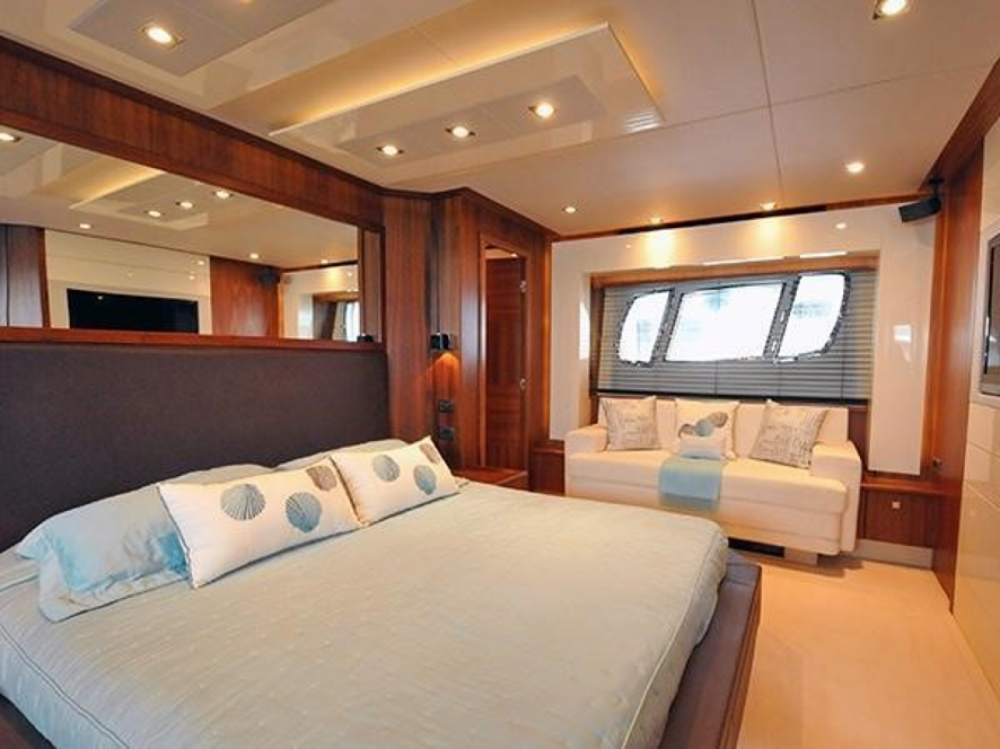 Boat rental Sant Antoni de Portmany cheap Predator 84