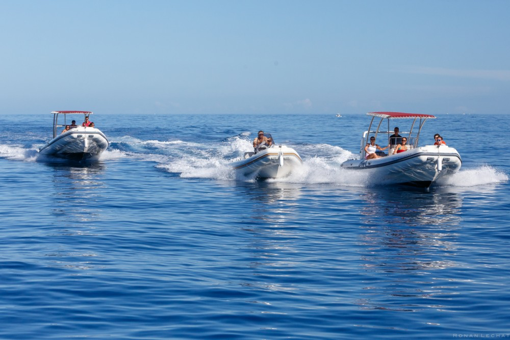RIB for rent Saint-Gilles-les-Bains at the best price