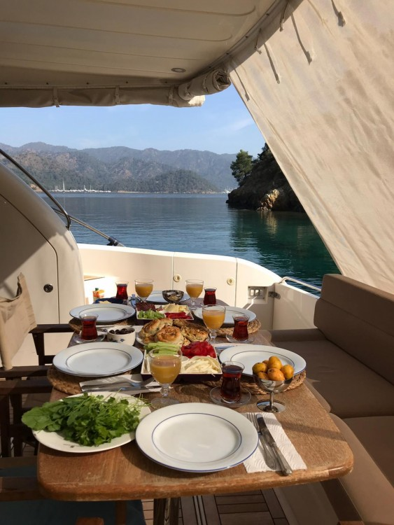 Hire Yacht with or without skipper Fairline Aegean Region