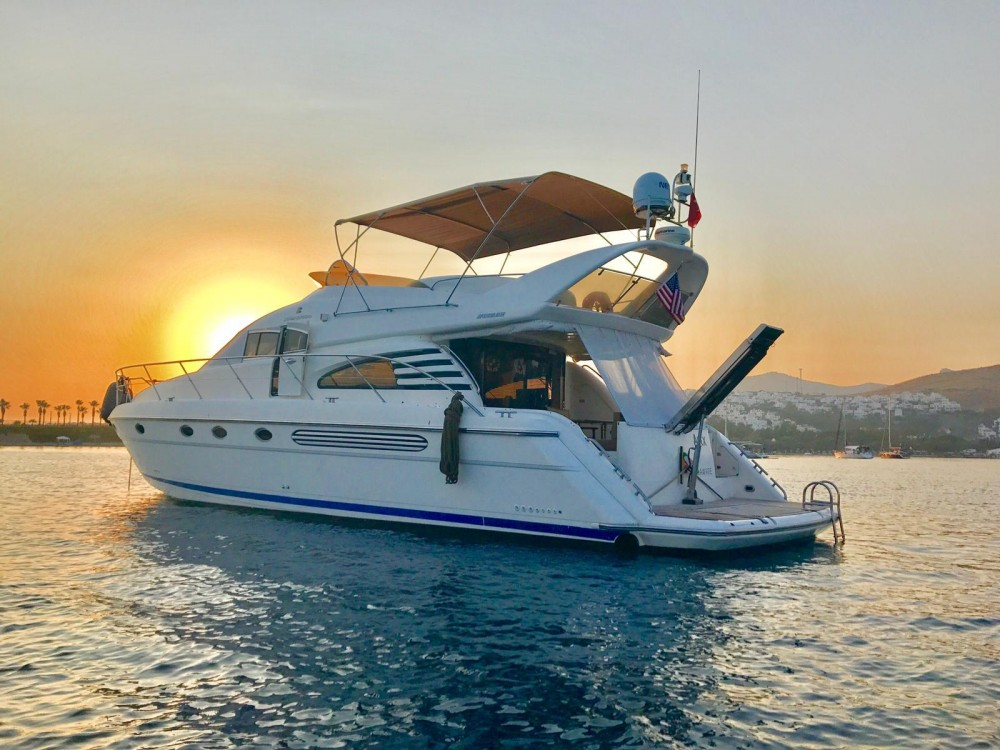 Fairline Squadron 55 between personal and professional