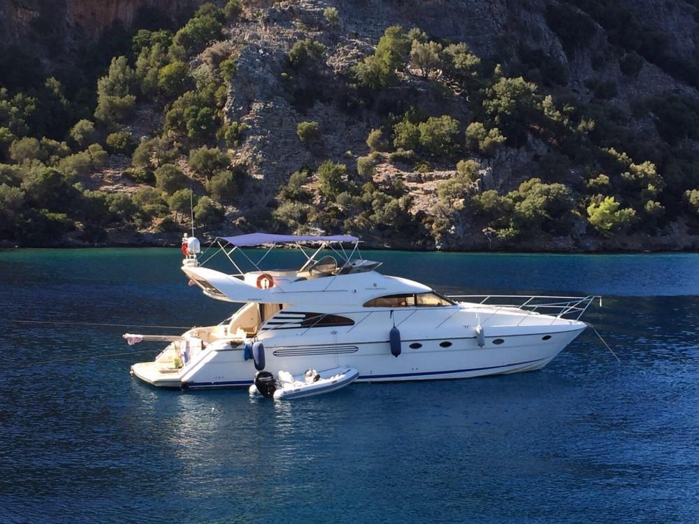 Boat rental Fairline Squadron 55 in Aegean Region on Samboat