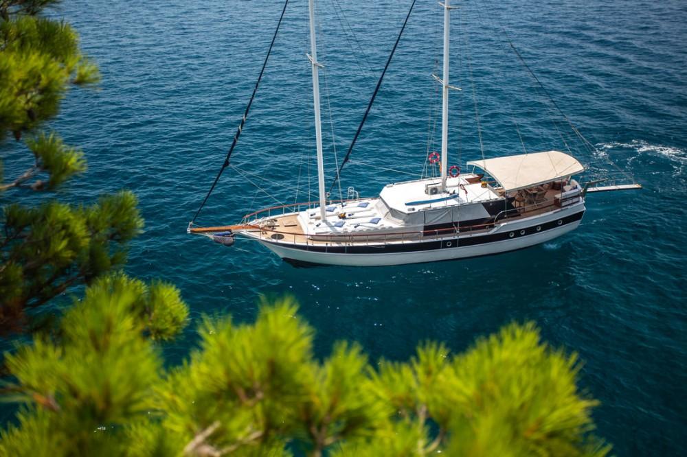 Rental yacht Split - Custom Made San on SamBoat