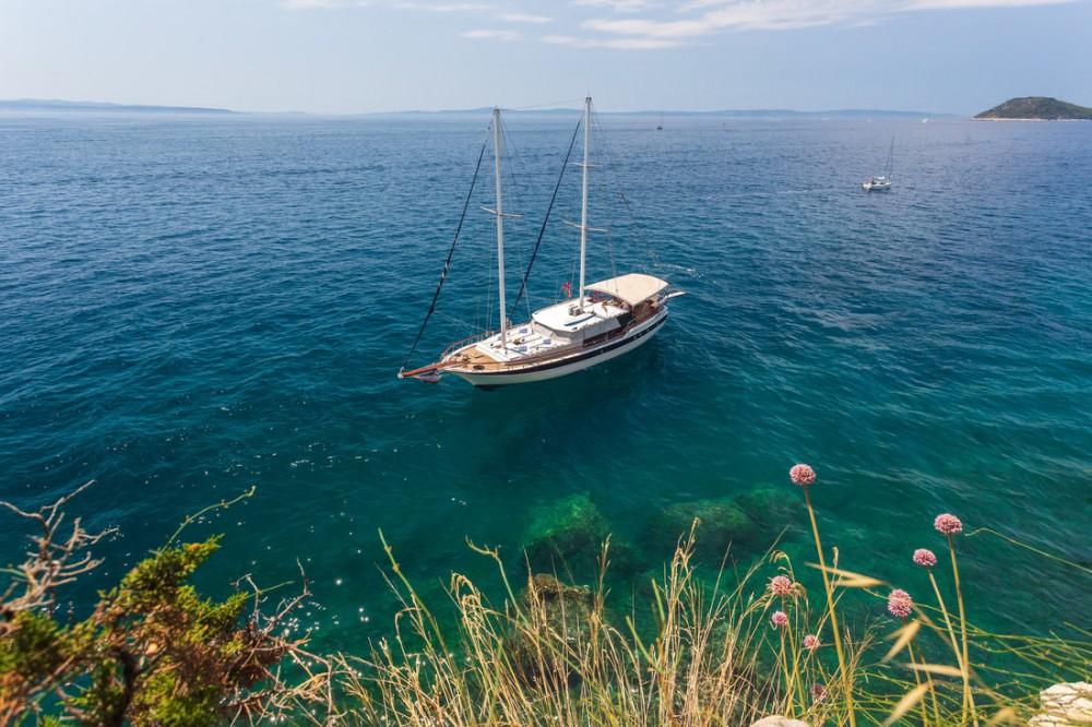 Rental Sailboat in Split - Custom Made San