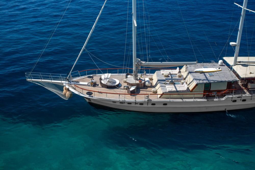 Boat rental Custom Made Summer Princess in Split on Samboat