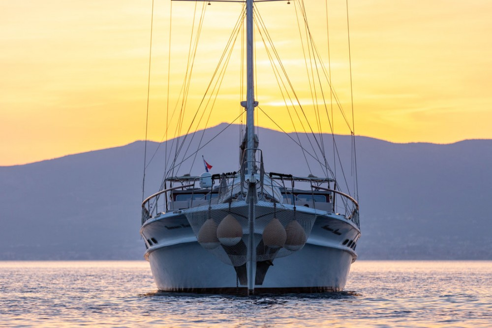 Rental yacht Split - Custom Made Summer Princess on SamBoat