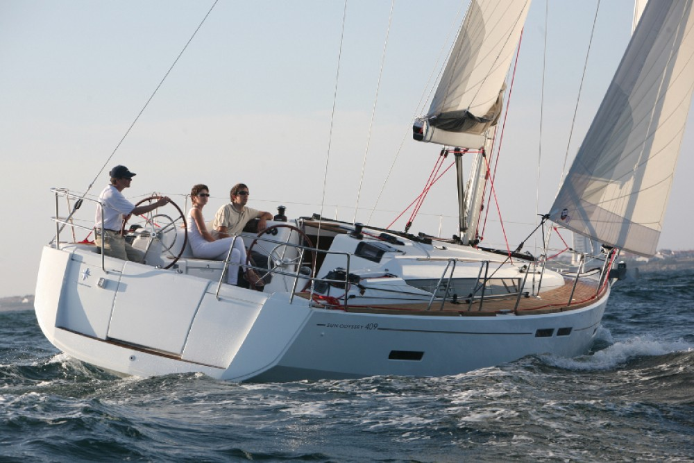 Jeanneau Sun Odyssey 409 between personal and professional New England