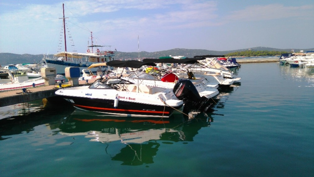 Rental Motorboat in Grad Biograd na Moru - Bayliner VR4OE