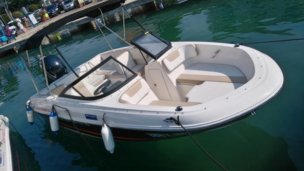 Rental yacht Grad Biograd na Moru - Bayliner VR4OE on SamBoat