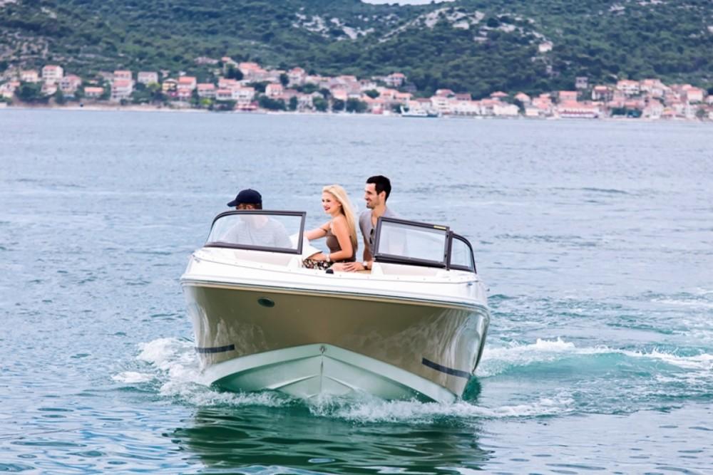 Motor boat for rent Biograd na Moru at the best price