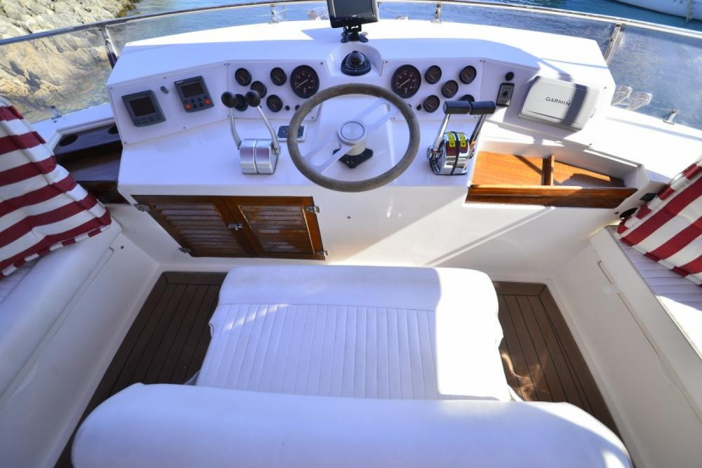 Rental Yacht special with a permit