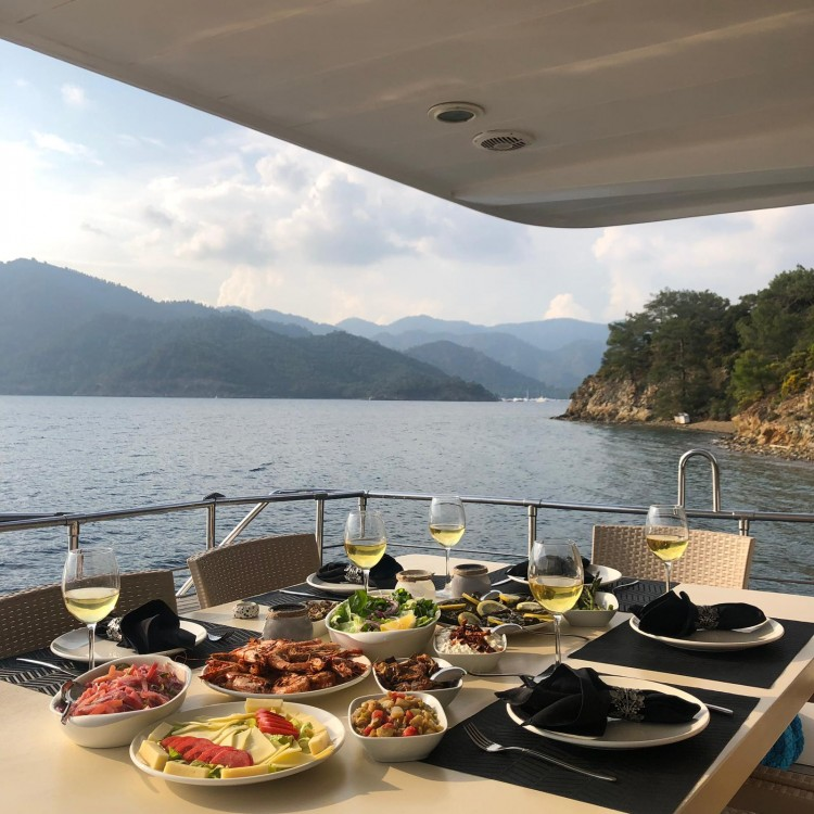 Yacht for rent Aegean Region at the best price