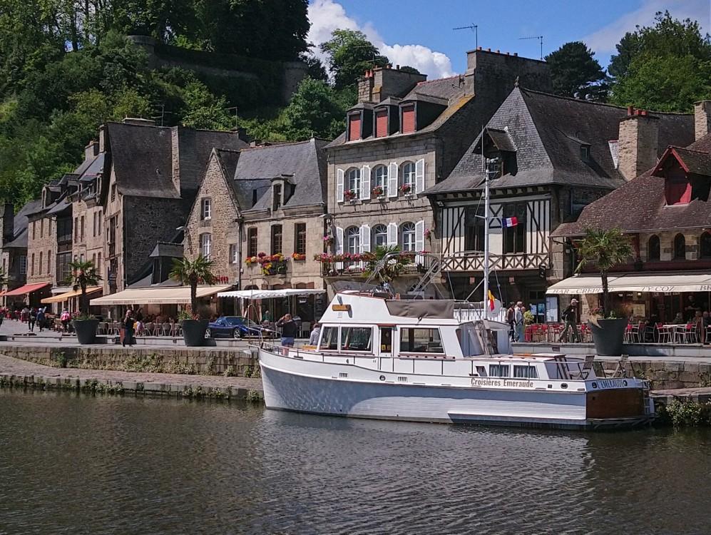 Rental Motorboat in Saint-Malo - Grand Banks Grand Banks 42 Classic