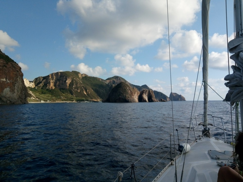 Hire Sailboat with or without skipper Santarelli Ponza