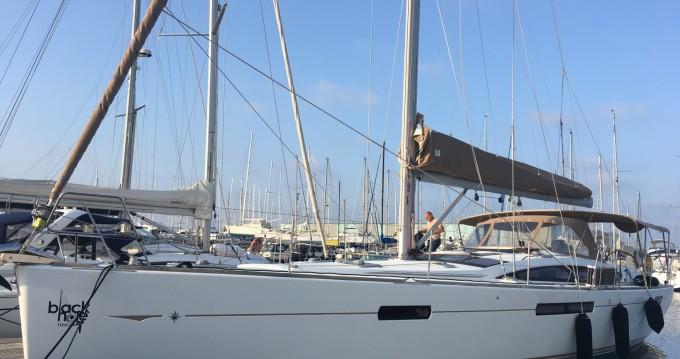 Rent a Jeanneau Jeanneau 53 Toulon