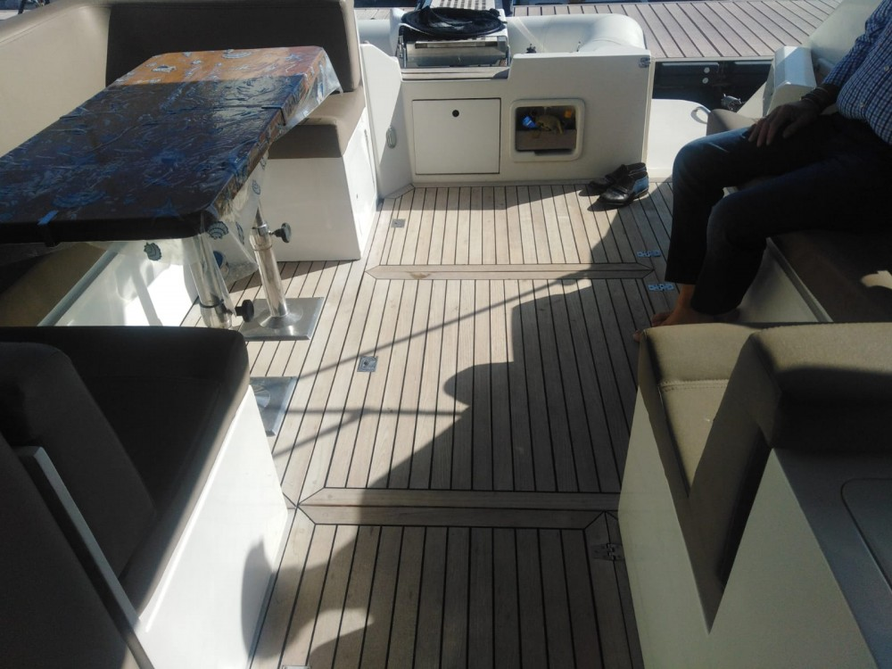 Boat rental Sorrento cheap Cranchi 40