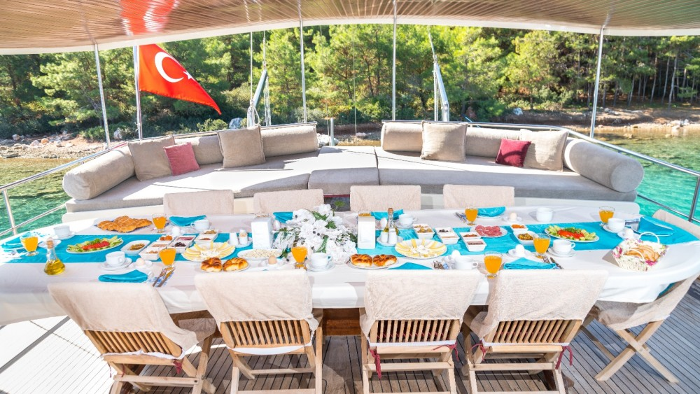 GULET KECH LUXURY between personal and professional Marmaris