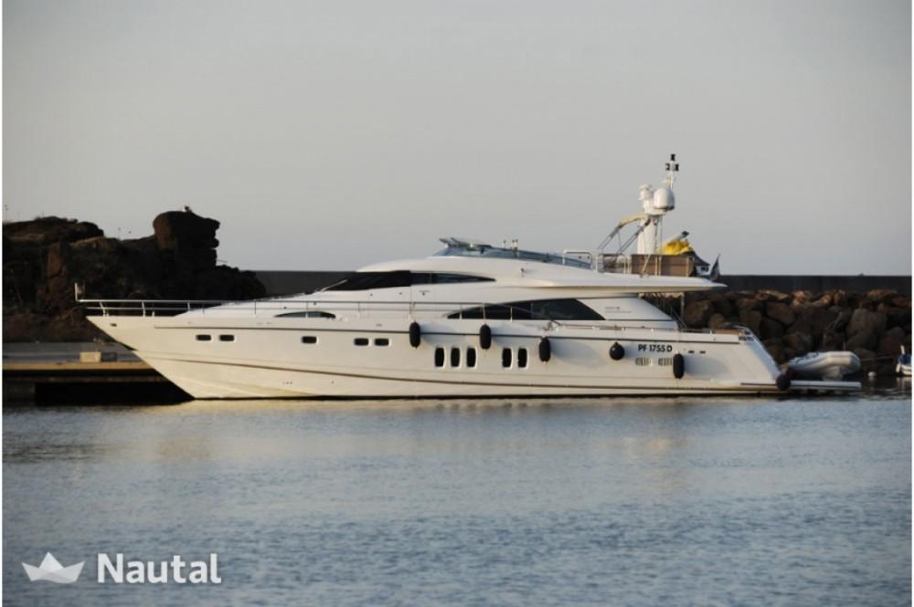 Rental yacht Sorrento - Fairline Squadron 78 on SamBoat