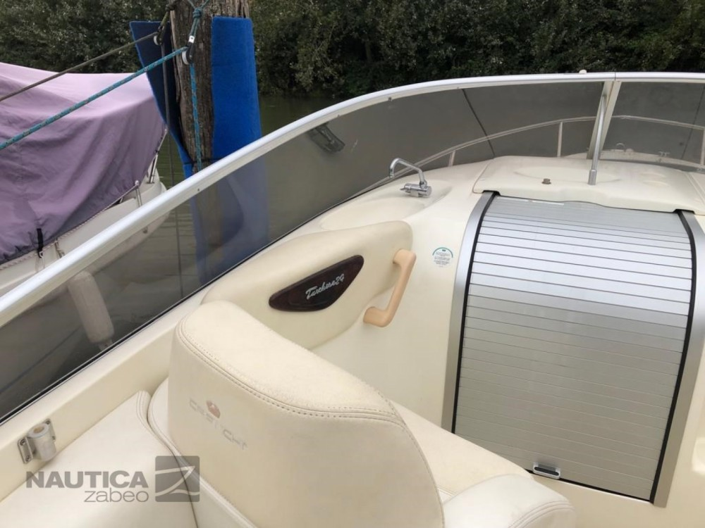 Rental Motorboat in Cannes - Cranchi Turchese 24