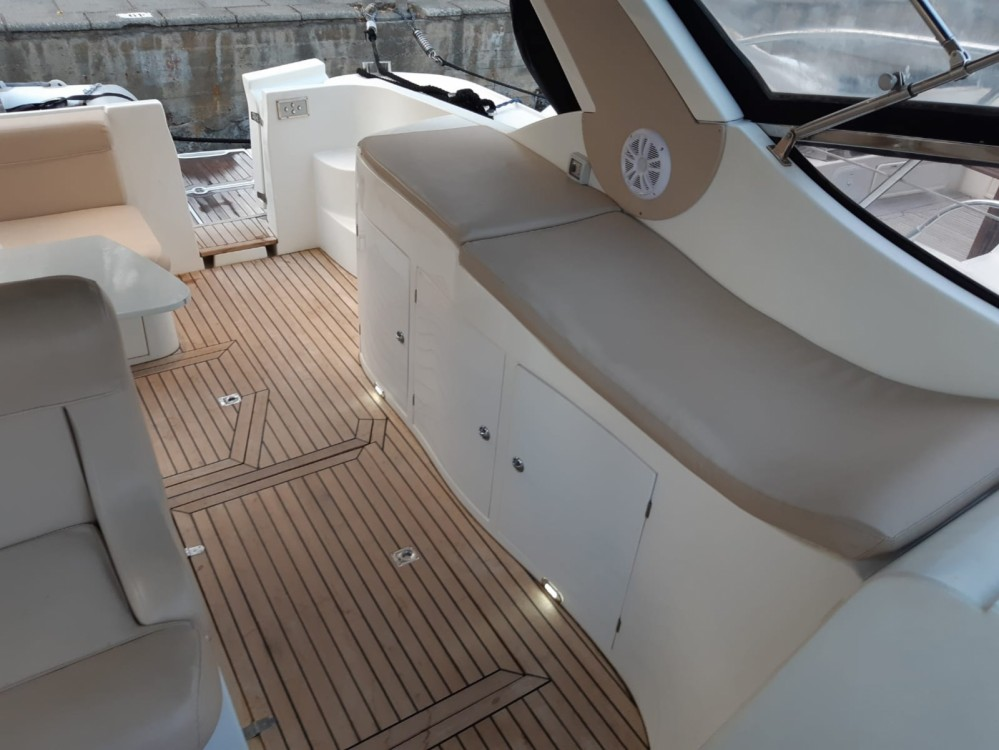 Motor boat for rent Lipari at the best price