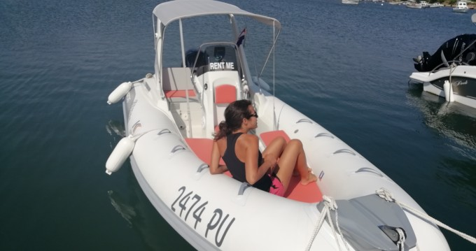 Hire RIB with or without skipper Kardis Pula