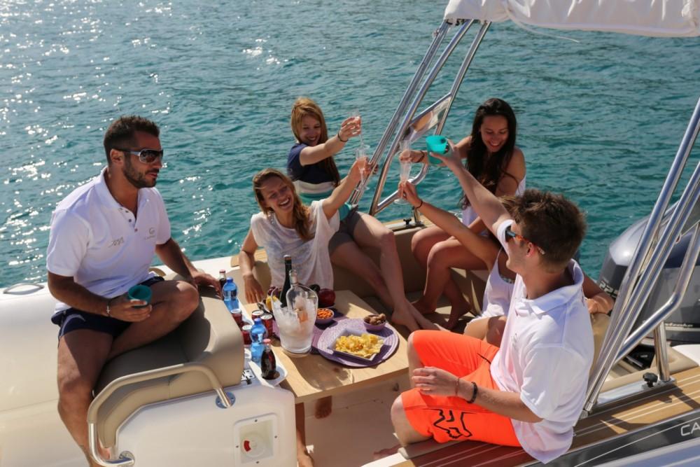 Boat rental Capelli Tempest 700 luxe in Algajola on Samboat