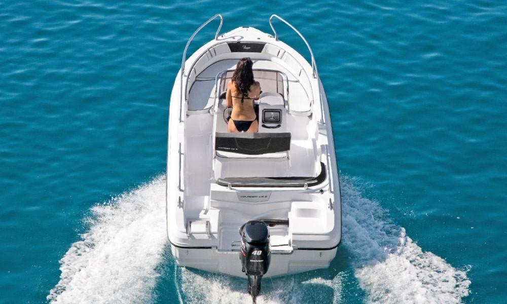 Hire Motor boat with or without skipper Ranieri Manerba del Garda