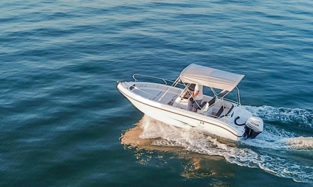 Boat rental Manerba del Garda cheap Voyager 19 S