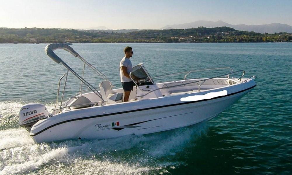 Rental Motor boat Ranieri with a permit