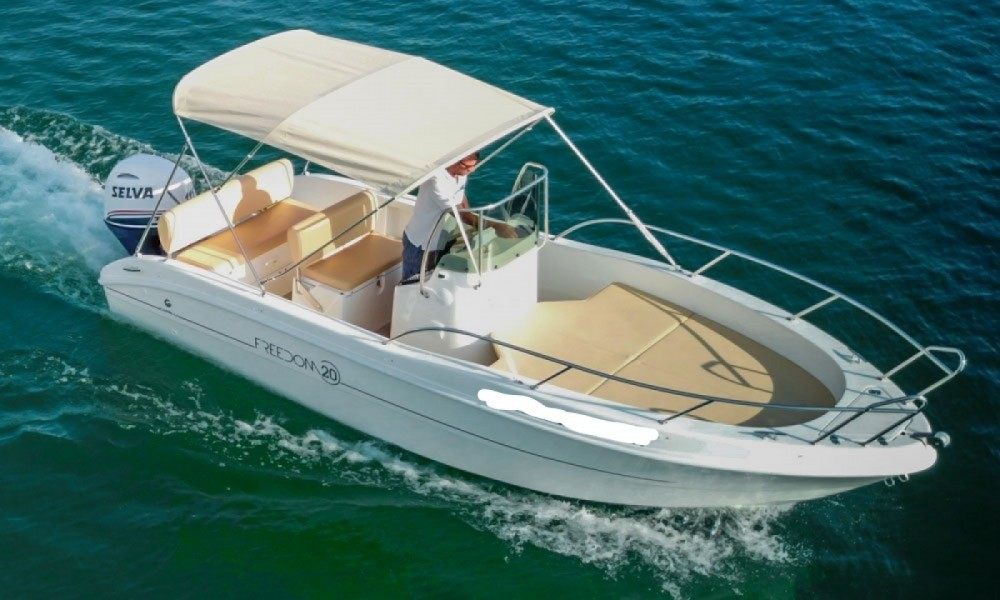 Motor boat for rent Manerba del Garda at the best price