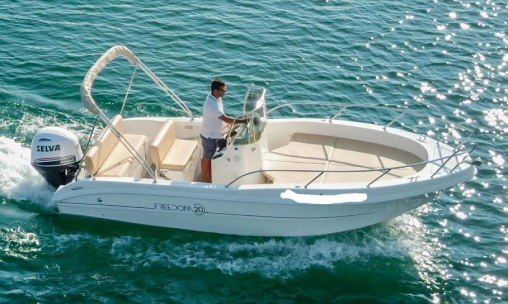Rental Motor boat in Manerba del Garda - Capelli Freedom 20