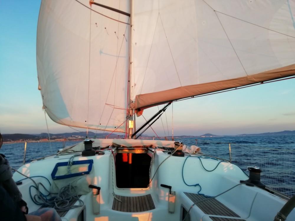 Boat rental Jeanneau Sun Fast 43 in Bandol on Samboat