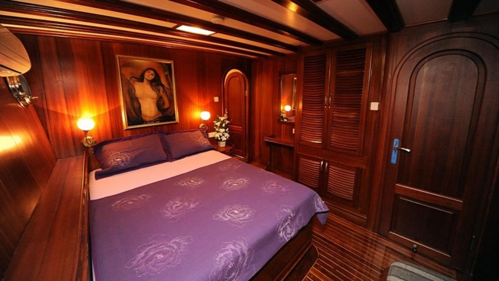 Gulet Ketch Deluxe between personal and professional Muğla