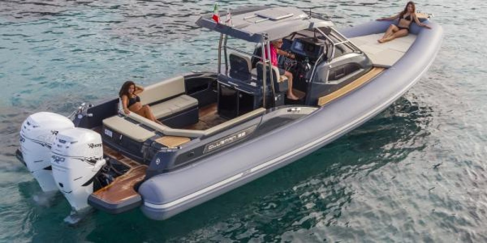 Joker Boat Clubman 35 between personal and professional Cogolin