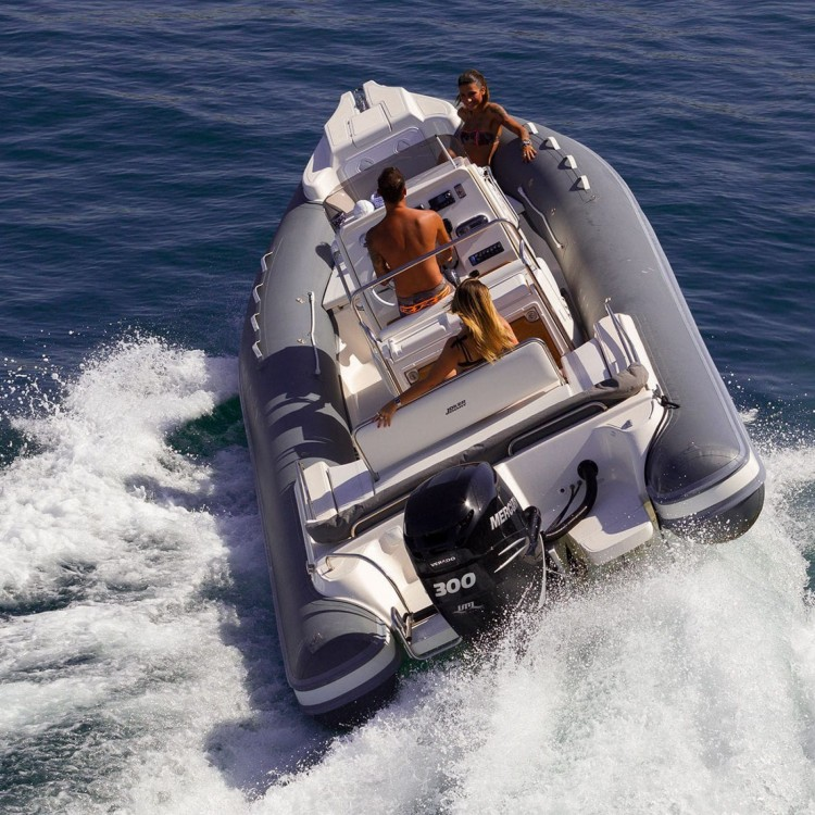 Hire RIB with or without skipper Joker Boat Cogolin