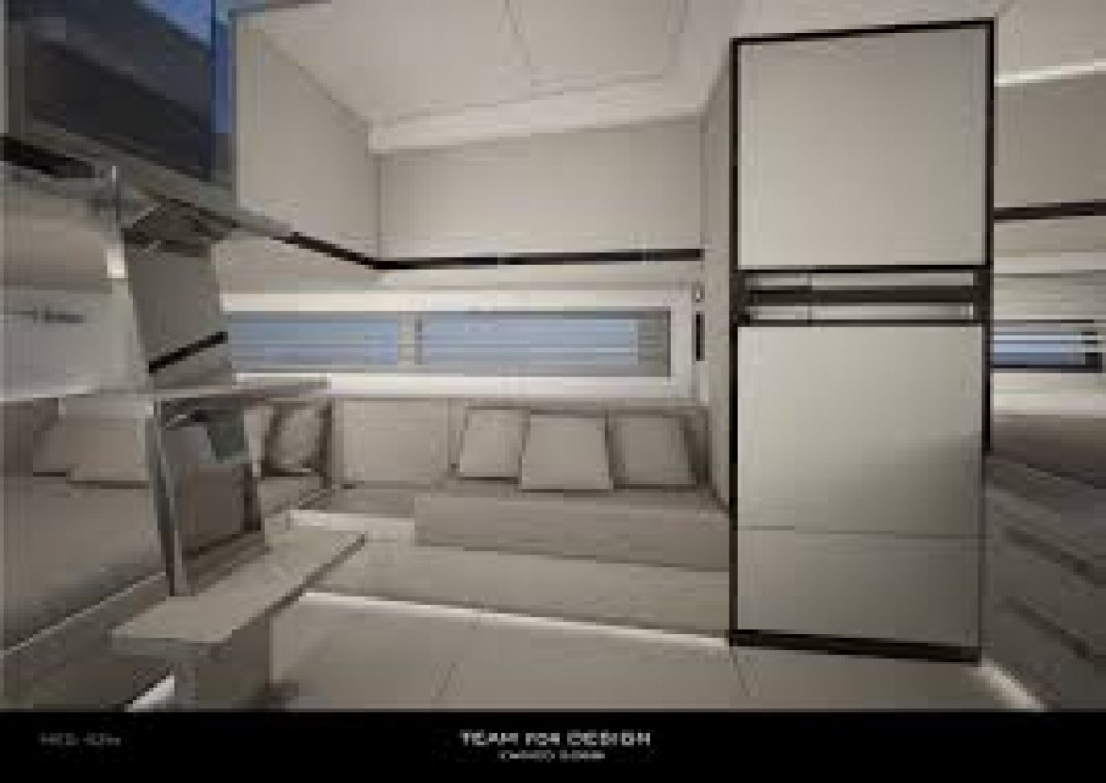 MED YACHT  MED 42 between personal and professional Saint-Tropez