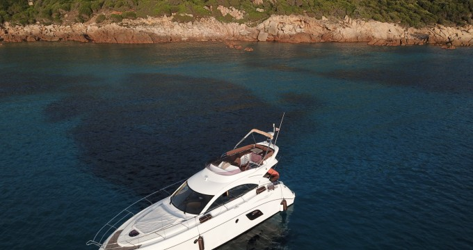 Bénéteau Monte Carlo 47 Fly between personal and professional Ajaccio