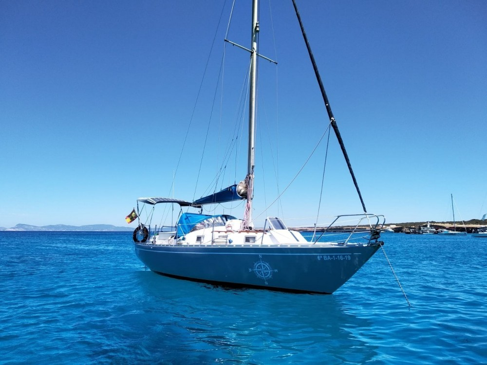 Sailboat for rent Sitges at the best price
