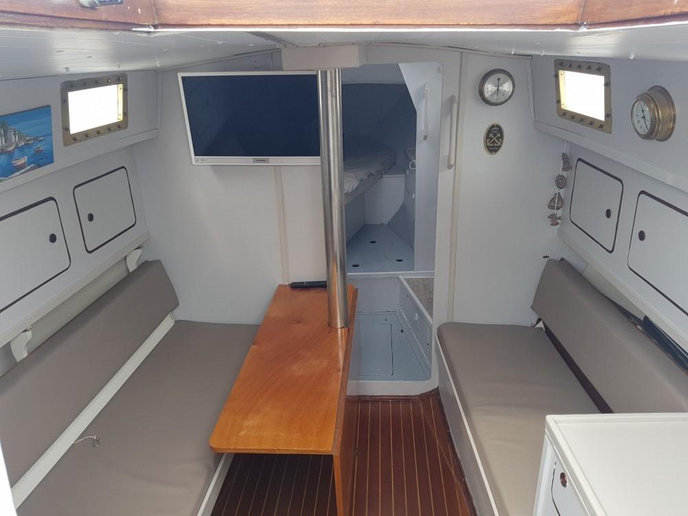 Boat rental Sitges cheap Navis 33